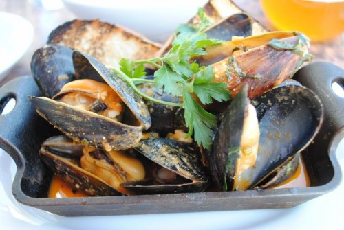 mussels 500x335 Lazy Ox Canteen   4/9/10