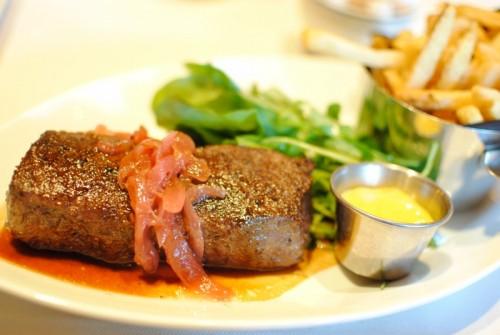 steak 500x335 Daniel Boulud Brasserie   7/4/10