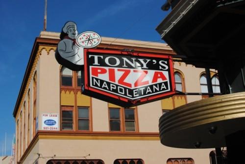 exterior2 500x335 Tonys Pizza Napoletana   12/23/10