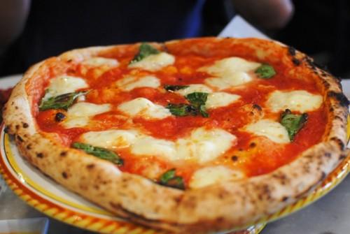 margherita1 500x335 Tonys Pizza Napoletana   12/23/10