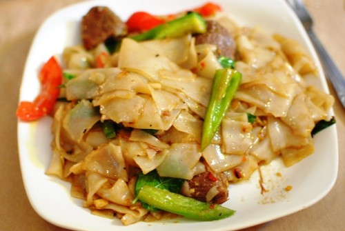 drunken noodles 500x335 Night + Market (West Hollywood, CA)